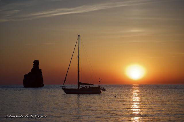 Puesta de Sol en Cala Benirrás - Ibiza, por El Guisante Verde Project