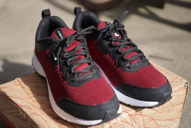 Sepatu Eagle Charlote - Running Shoes