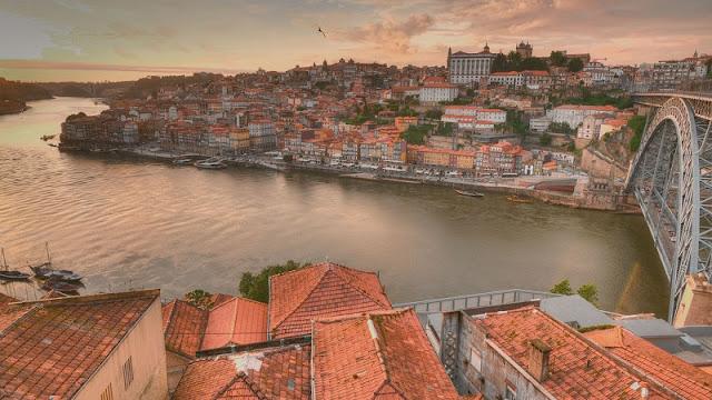 Hotéis no centro turístico do Porto