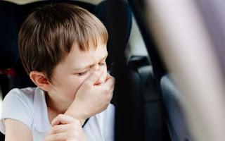 علاج القيء عند الاطفال