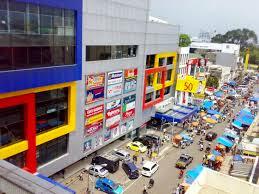 Pusat Belanja Grosir King Shopping Center di Bandung
