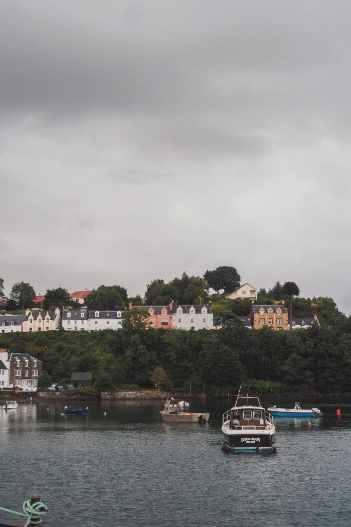 Port de Portree sur l'île de Skye en Ecosse