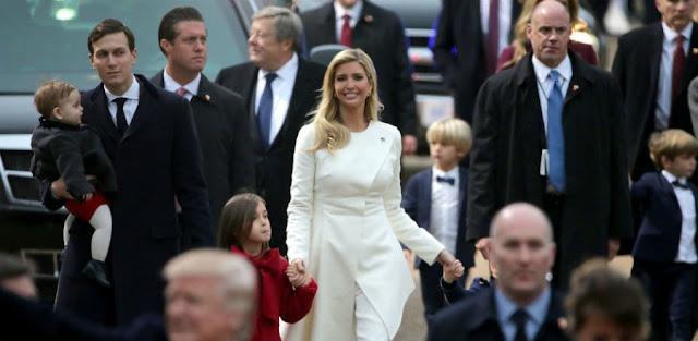 Donald trump family pics, Us president family photo, US president Donald trump pic