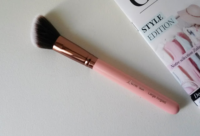 Luxie Rose Gold Large Angled Face Brush