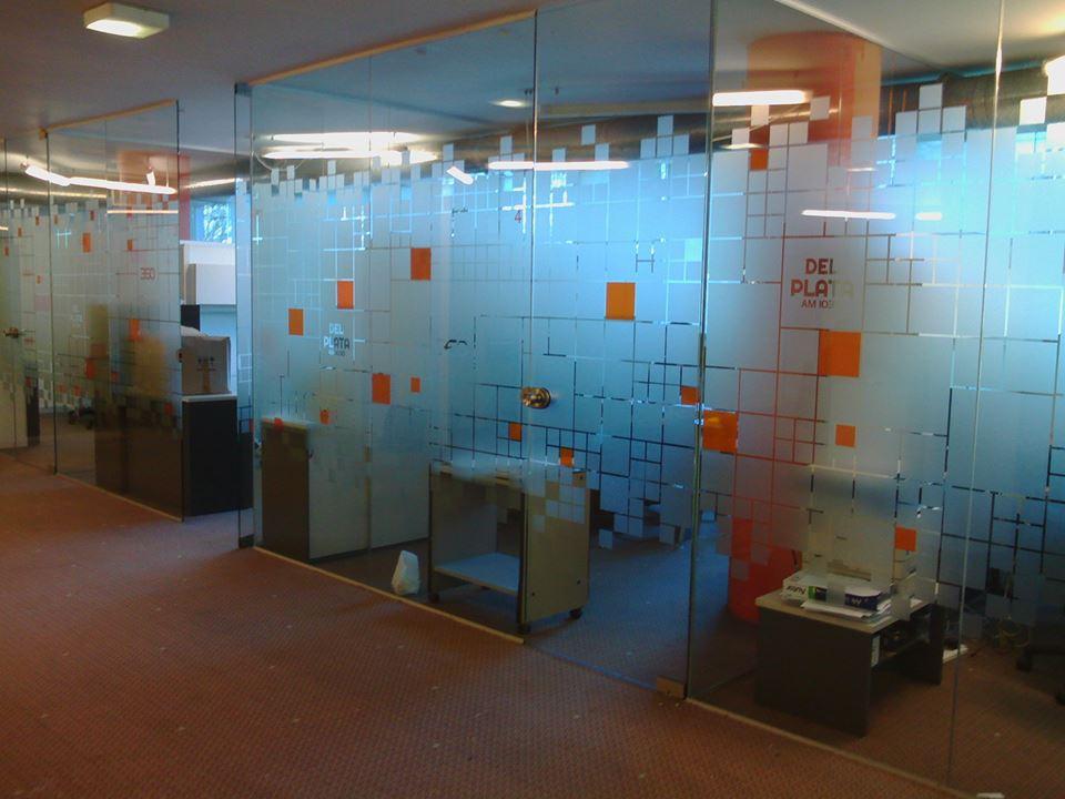 Ploteo baires gr fica comercial e institucional - Cristales para paredes ...