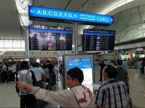 TP.HCM tìm 5 người cùng chuyến bay với hành khách Nhật nhiễm COVID-19