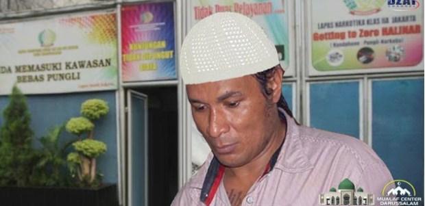 Allahu Akbar! John Kei Godfather of Jakarta bertaubat dan memeluk Islam