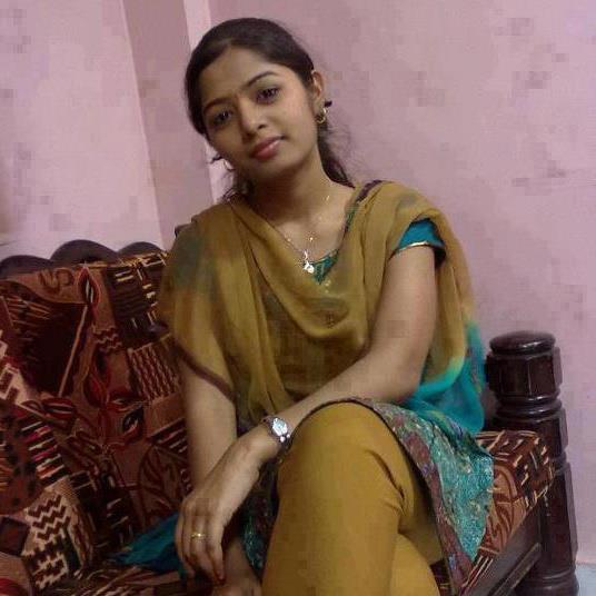 Cute Girls: Desi Maal 10