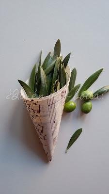 Cono con hojas de olivo