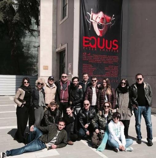 Suksesi i aktorit të njohur Igli Zarka si regjisor