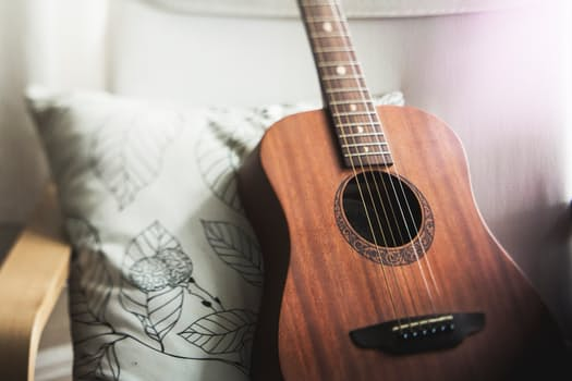 Daftar Gitar Akustik Yamaha Dengan Kualitas Internasional