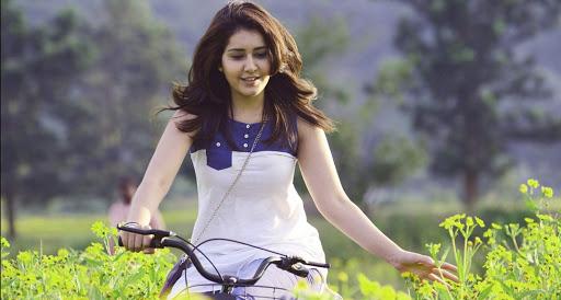 Raashi Khanna Indian Actress