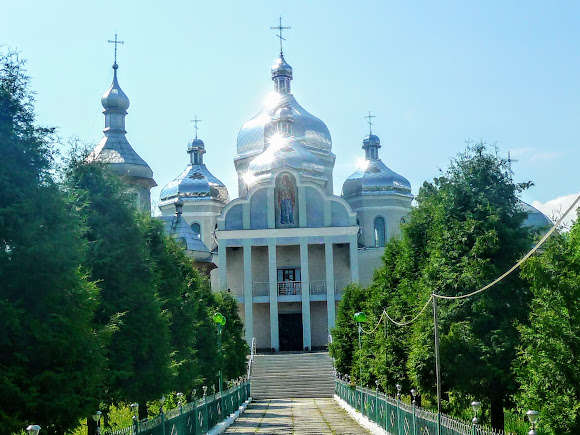 Тисов. Свято-Введенский храм 2013 г.