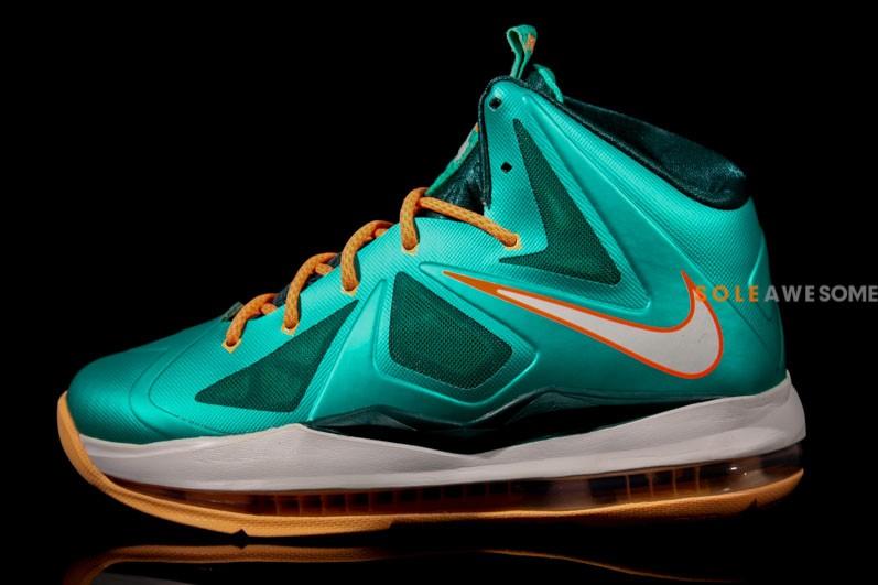 de32b7df82f itsprotunes  FASHION  Nike Lebron X (10) GS Dolphins