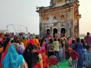 मंगला देवी मंदिर की पुनः प्राण प्रतिष्ठा और विशाल भंडारे का हुआ आयोजन | #NayaSaberaNetwork