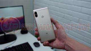 Desain Belakang Xiaomi Redmi Note 5 Pro