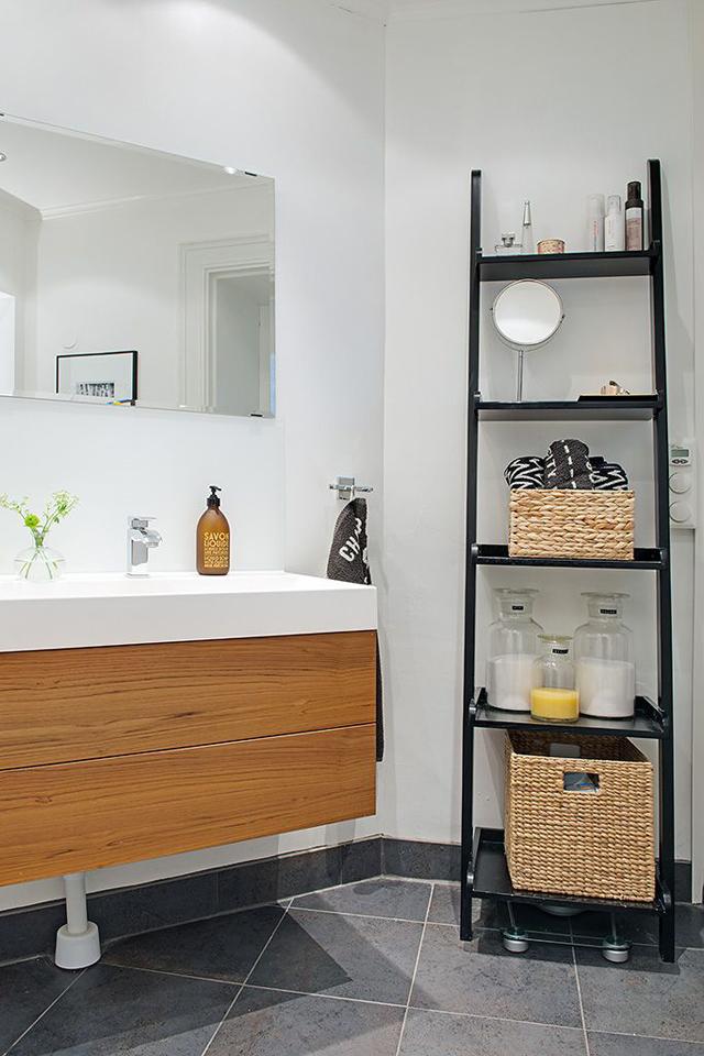 Baños cálidos, bonitos y funcionales: almacenaje