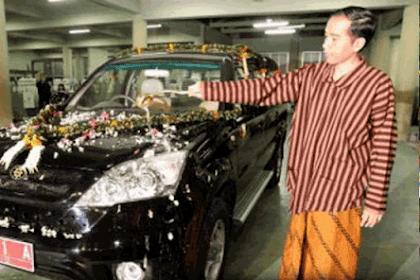 Mobil Esemka Kebanggaan Jokowi Resmi Diluncurkan!
