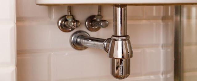 Suministro de fontanería y saneamiento