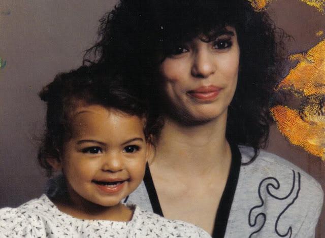 Спустя 30 лет мама нашла дочь, которую ей не отдали после родов