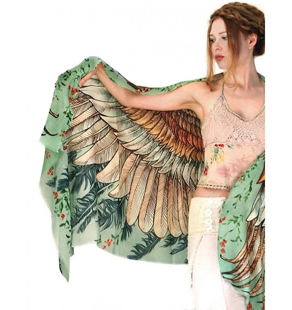 4 Inspired Ways to Tie a Fashionable Owl Vintage Scarf