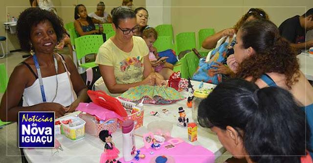 Artesãos de Nova Iguaçu receberem carteirinhas da FENIG