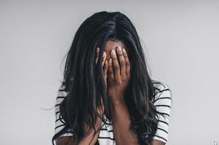 Tips Praktis dan Trik Gampang Cara Tampil Cantik Secara Alami Dengan Mengendalikan Emosi