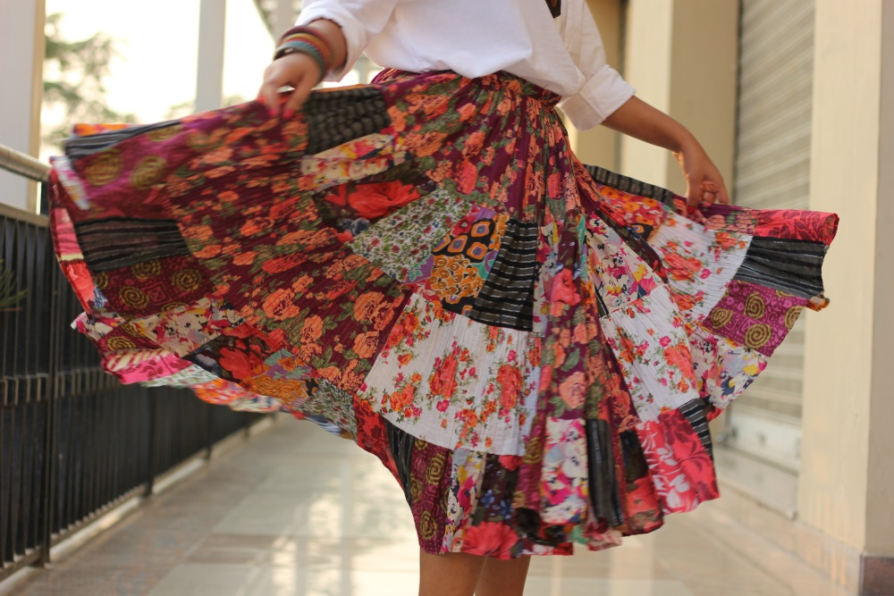 Different ways to wear skirts in summers - Live Laugh Dressup