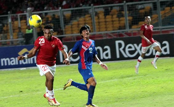World soccer: Titus Bonai: Ini Bukti Nasionalisme Orang Papua!