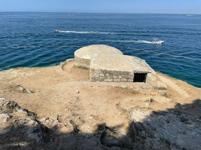 bunker costiero