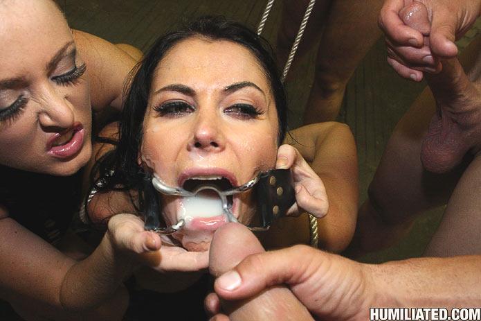 Sophia and leopold seattle bondage