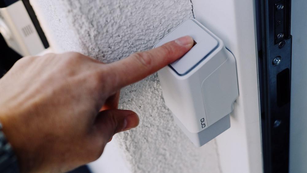 ekey uno Fingerprint | Mit dem Fingerabdruck die Haustüre öffnen ist einekey uno Fingerprint | Mit dem Fingerabdruck die Haustüre öffnen ist einfach praktisch und cool | Closer Look fach praktisch und cool | Closer Look