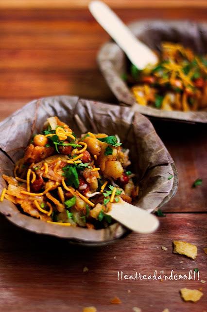 how to make churmur crushed panipuri chaat kolkata streetfood recipe and preparation