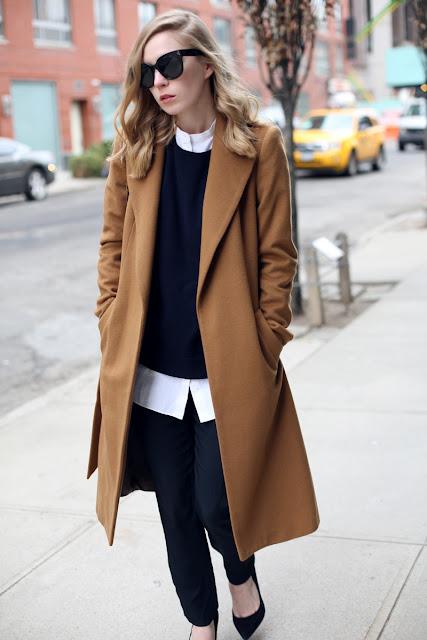 Ένα από τα βασικότερα ρούχα του χειμώνα είναι το παλτό. Δεν πρέπει να  λείπει από την γκαρνταρόμπα καμιάς γυναίκας a1bbf701413