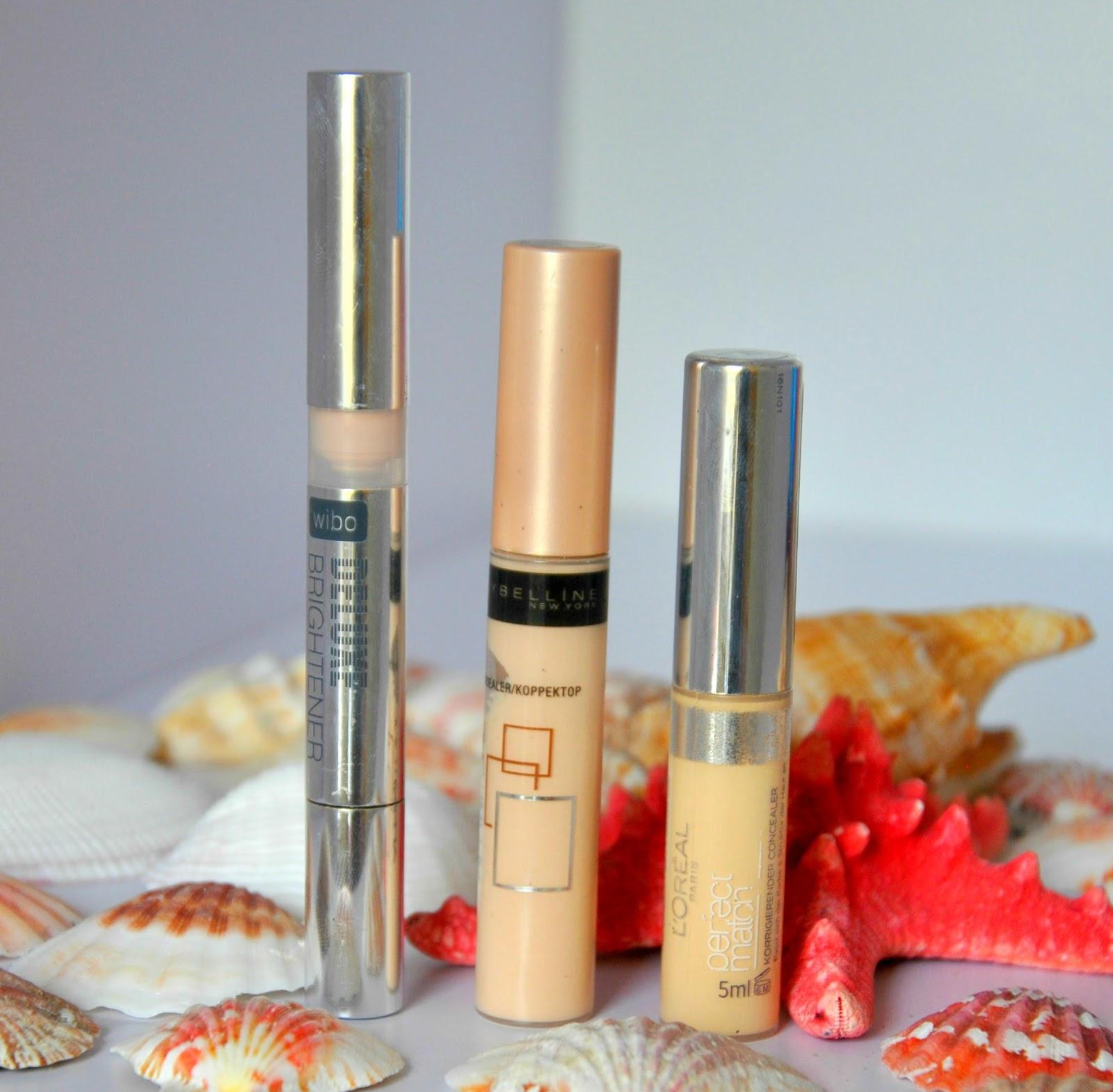 Moje ulubione korektory ukrywające niedoskonałości skóry: Daluxe Brigttener, Affinittone marki Maybelline i True Match marki Loreal.