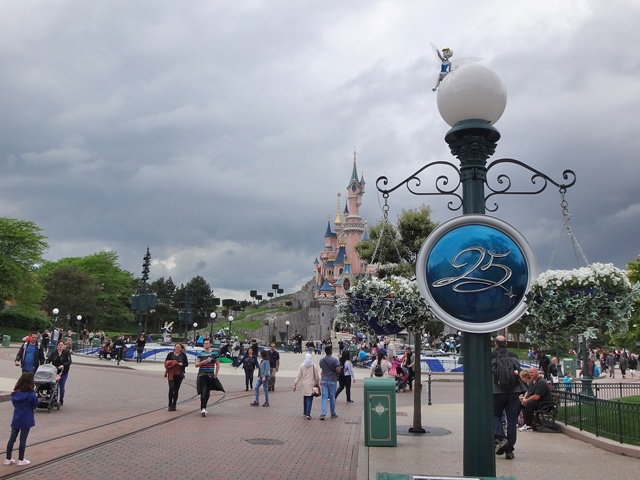 25 aniversario de Disneyland París, el mejor momento para visitarlo
