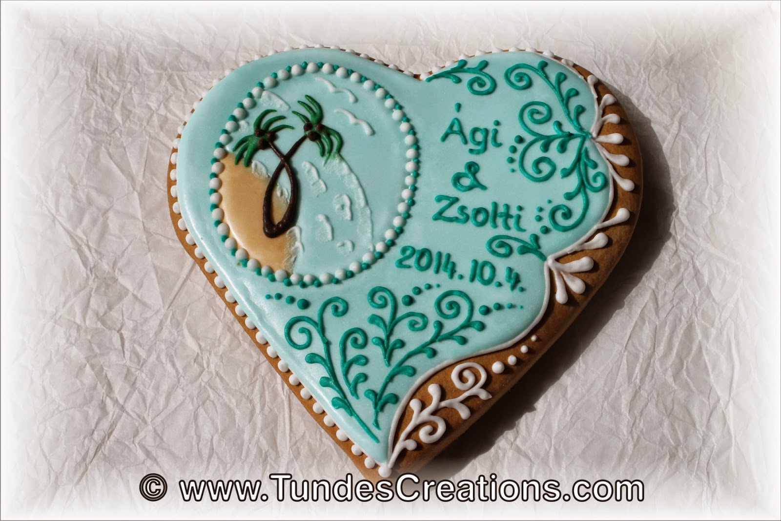 Beach wedding cookies