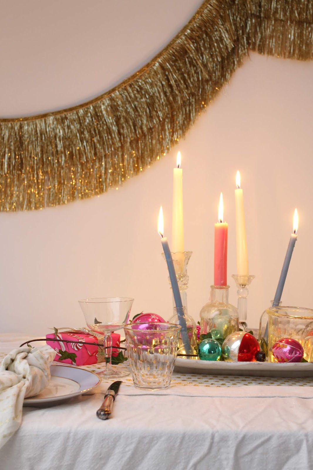 Candle plates and Colourful, vintage Christmas table inspiration