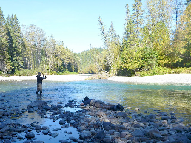 J-P Tessier and the Hooké guys at work, Deuxieme Est, Bonaventure River