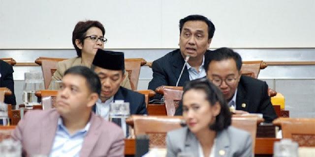 Dalam Rapat Tertutup, Effendi Simbolon Dapatkan Jawaban Soal Pencekalan Habib Rizieq
