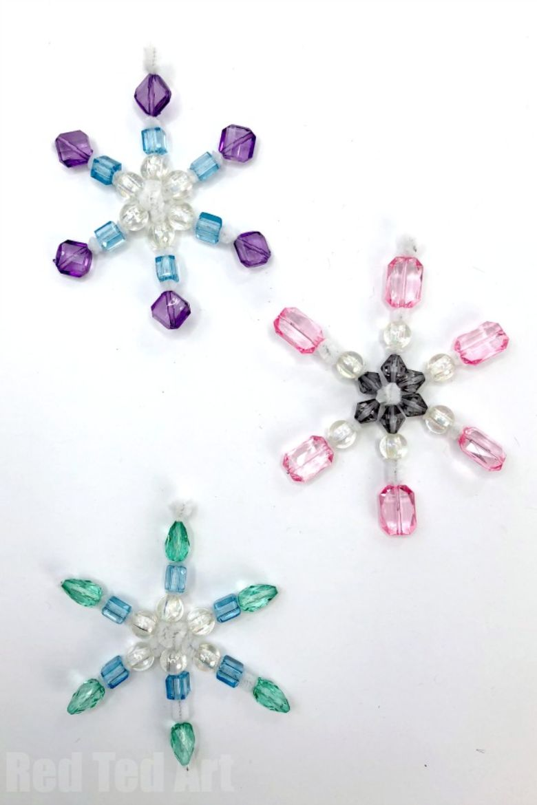 beaded pipe cleaner snowflakes craft
