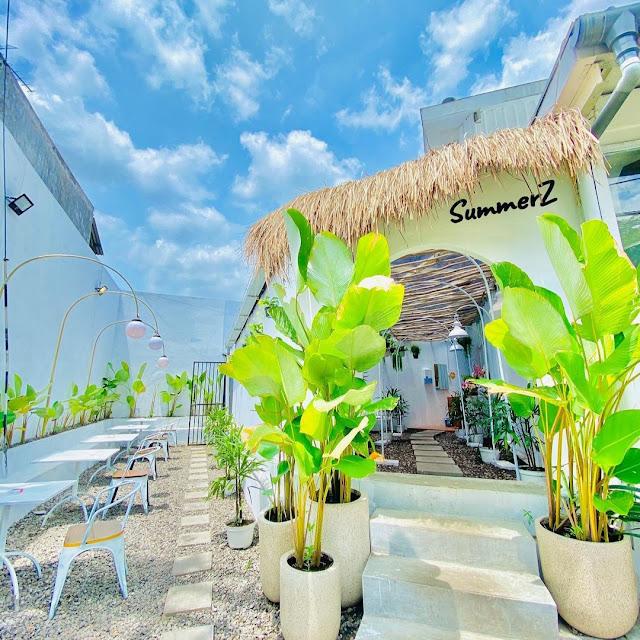 SummerZ Cafe Surabaya - Review Menu, Daya Tarik dan Lokasi