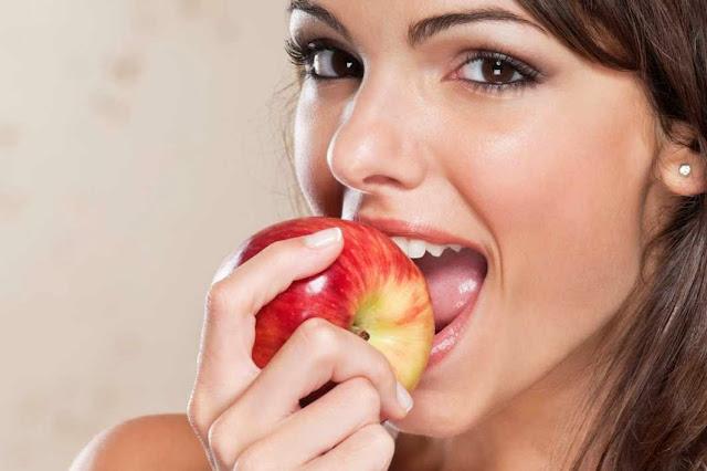 Makan Buah Ini Membuat Kulit Anda Berseri
