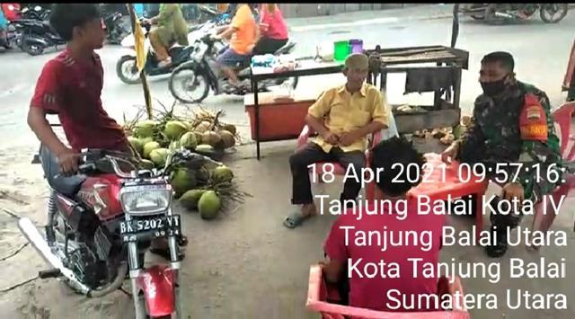 Dengan Cara Komsos Personel Jajaran Kodim 0208/Asahan Jalin Silaturahmi Dengan Masyarakat