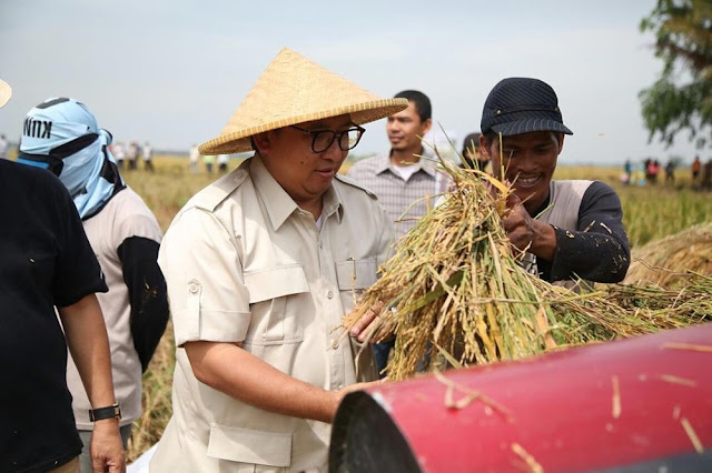 Bantuan Petani di Bawah Anggaran Kartu Prakerja, Fadli Zon: Tak Pantas!