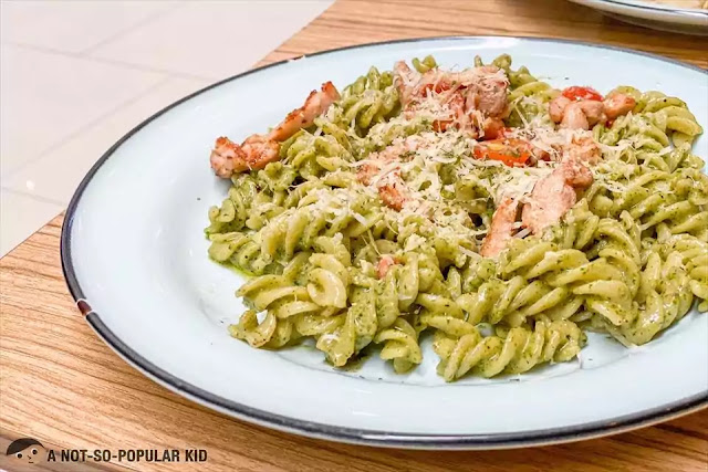 Creamy Pesto with Grilled Chicken of Scout's Honor