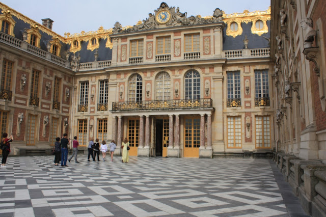 The front courtyard at the Palace of Versailles