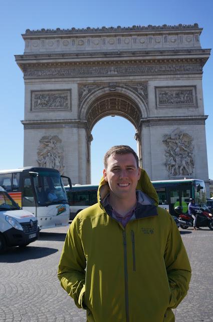 Arch de Triumph Roundabout