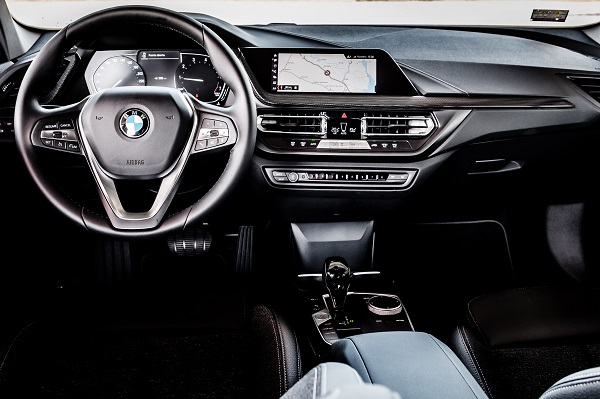 Interior BMW 118i Sportline 2020