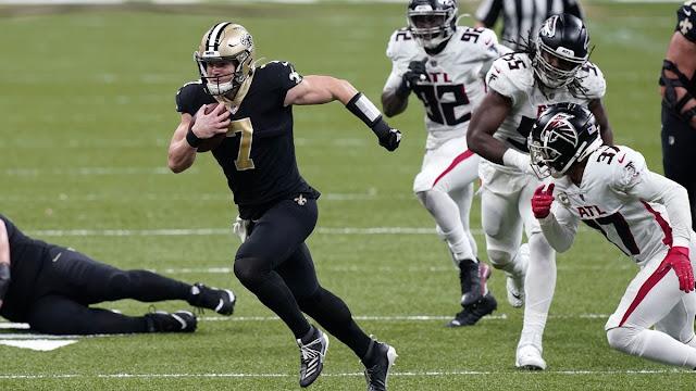 Taysom Hill lidera a los Saints para ganar a Atlanta